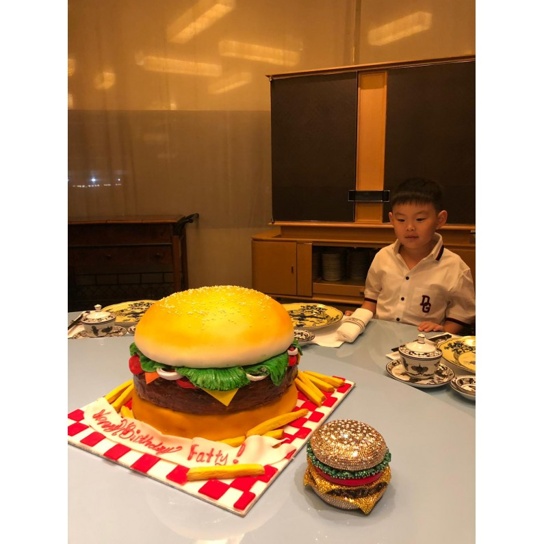 3D Burger King Cake